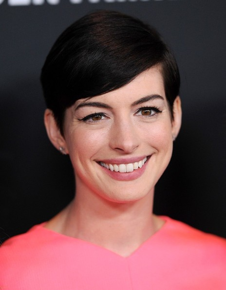 Anne Hathaway - Celebr... Anne Hathaway Obituary