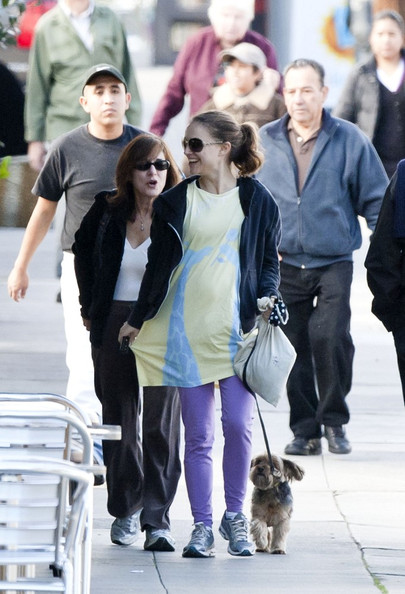 Photo of Natalie Portman & her Mother  Shelley