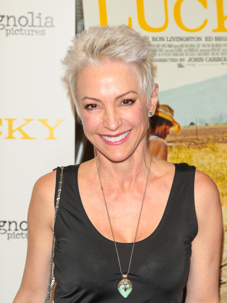 Nana Visitor height