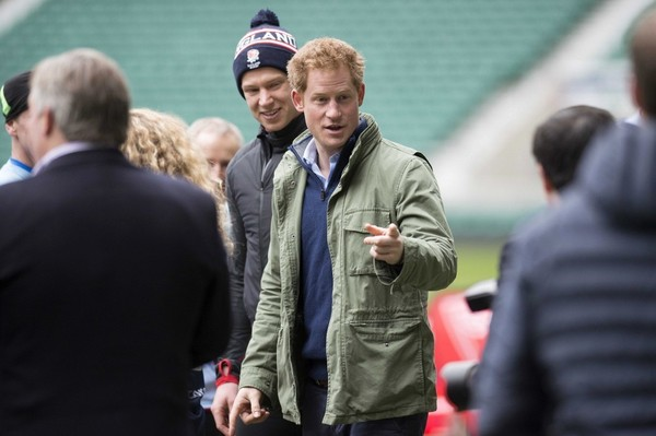 Prince Harry at RIFU training session.