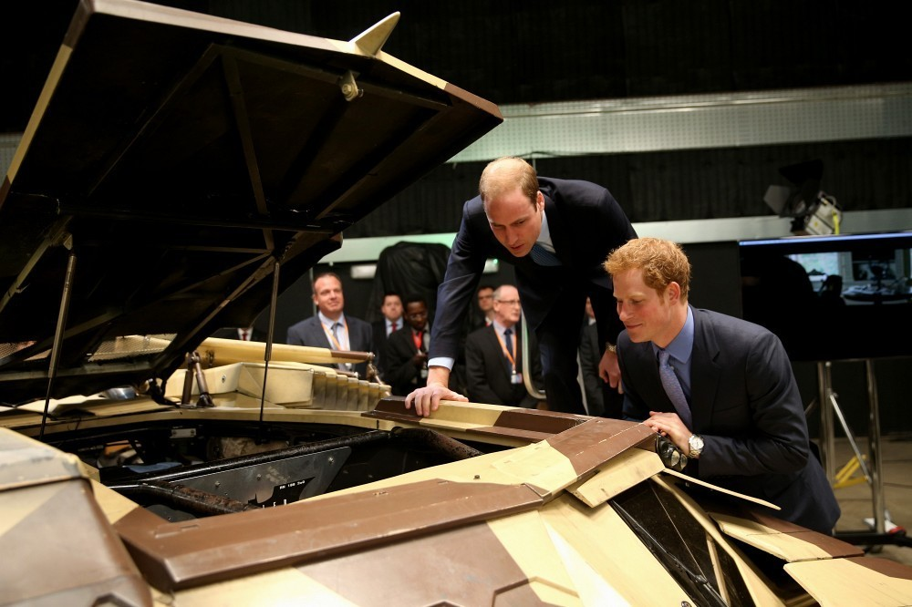 Prince William - The British Royals Tour the Warner Bros. Studios 6
