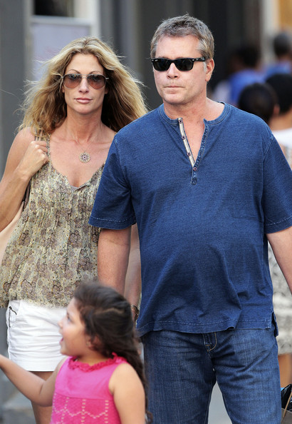 Is ray liotta dating winona ryder