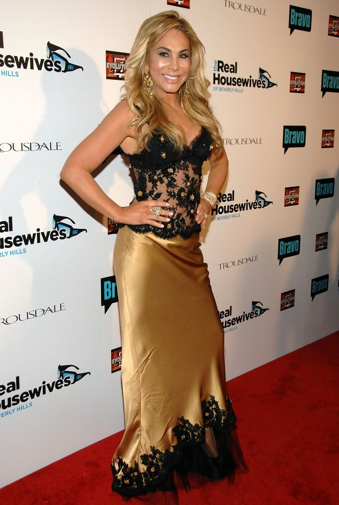 adrienne real housewives of beverly hills dating Adrienne maloof • real housewives of beverly hills the real housewives of beverly hills are super fancy and fabulous but they weren't always that way.