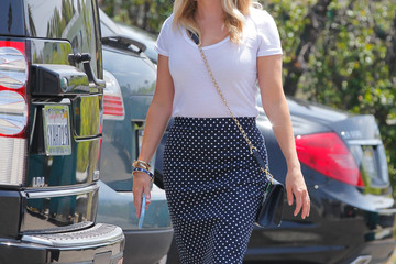 Reese Witherspoon Reese Witherspoon Steps Out in Style