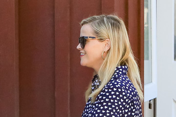 Reese Witherspoon Reese Witherspoon Rocks a Polka Dot Dress in Los Angeles