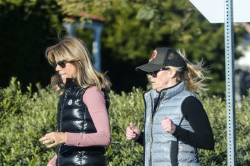 Reese Witherspoon Reese Witherspoon Out With A Friend