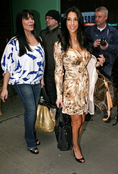 mob wives vh1 renee. Stars of #39;Mob Wives#39; Leaves