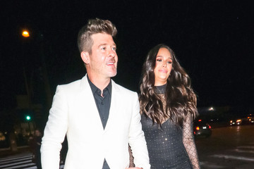 Robin Thicke Robin Thicke Outside Catch Restaurant In West Hollywood