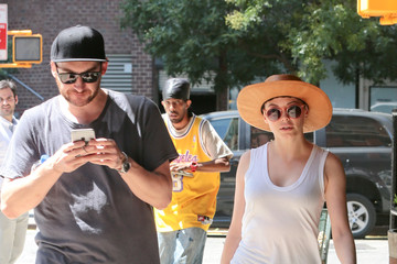 Rose McGowan Rose McGowan Out for a Walk With Her Husband