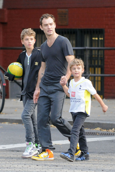 Photo of Jude Law & his  Son  Rudy Law
