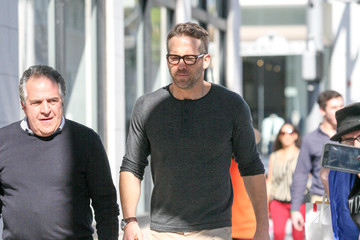 Ryan Reynolds Ryan Reynolds Strolls in Beverly Hills