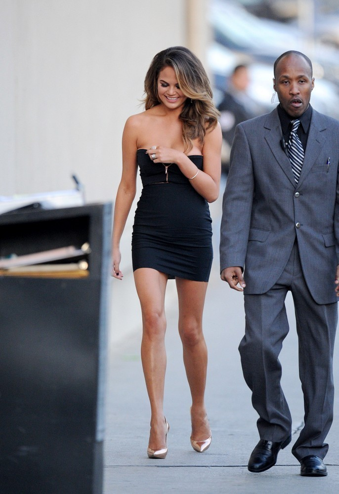 chrissy teigen photos photos si swimsuit cover girls out