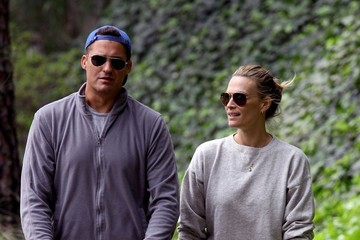 Scott Stuber Molly Sims and family at the park