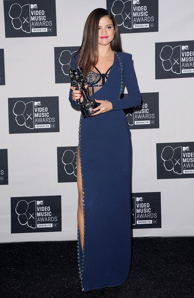 Selena Gomez - Press Room at the MTV Video Music Awards — Part 2