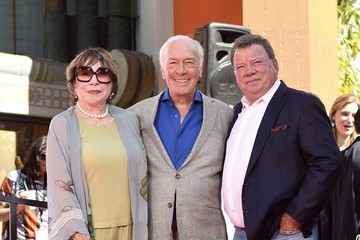 Shirley MacLaine Christopher Plummer Hand and Footprint Ceremony