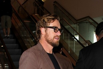 Simon Baker Simon Baker Seen at LAX