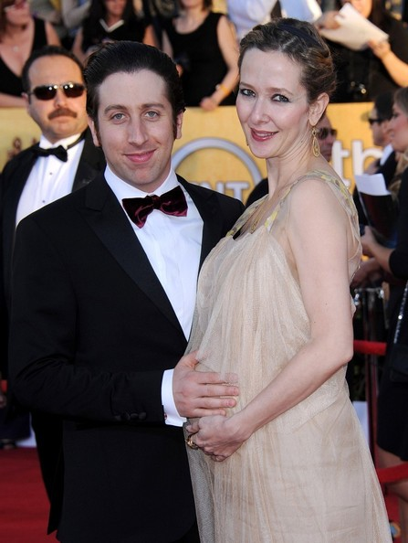 Simon Helberg and Jocelyn Towne - 18th Annual SAG Awards