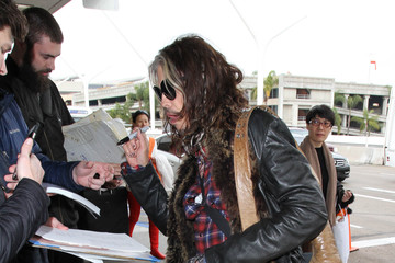 Steven Tyler Steven Tyler Is Seen at LAX