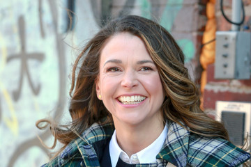 Sutton Foster Sutton Foster On The Set Of 'Younger'