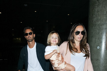 Tamara Ecclestone Tamara Ecclestone Takes a Flight at LAX