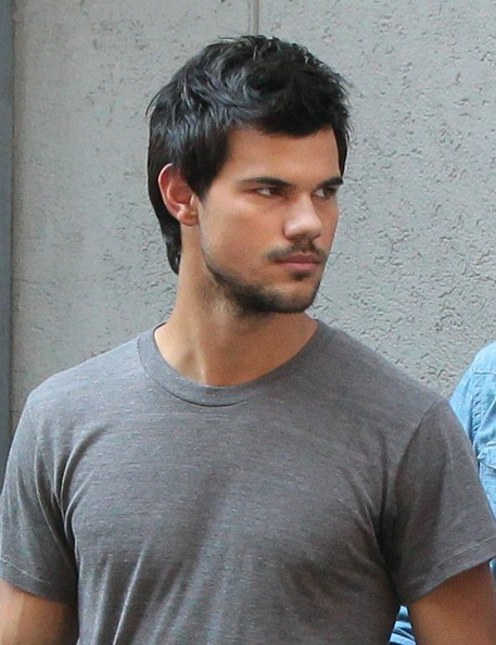 taylor lautner dating history