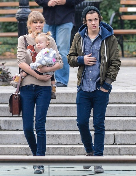 is harry dating alexis 27 people harry styles dated this year he was a busy boy posted on december 24, 2013, 15:00 gmt alexis allen share on facebook share share on pinterest.