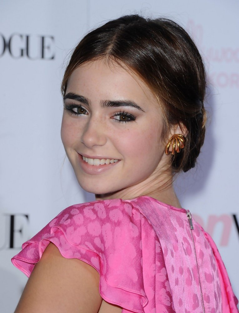 Lily Collins Photos Photos - Teen Vogue 8th Annual Young ...