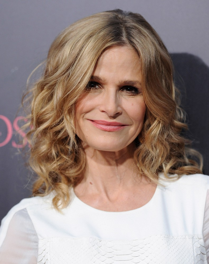 "Kyra Sedgwick Photos Photos - ""The Possession"" Premiere ..."