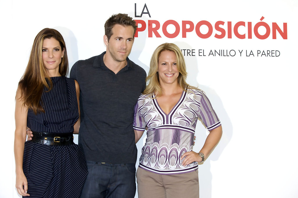 Sandra Bullock And Ryan Reynolds Photos Photos The Proposal In