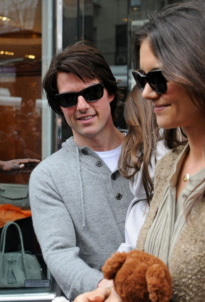 tom cruise katie holmes 2011. Tom Cruise, Katie Holmes and