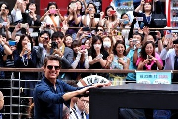 Tom Cruise Tom Cruise Promotes 'Edge of Tomorrow'