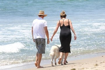 Tom Hanks Tom Hanks and Rita in Malibu
