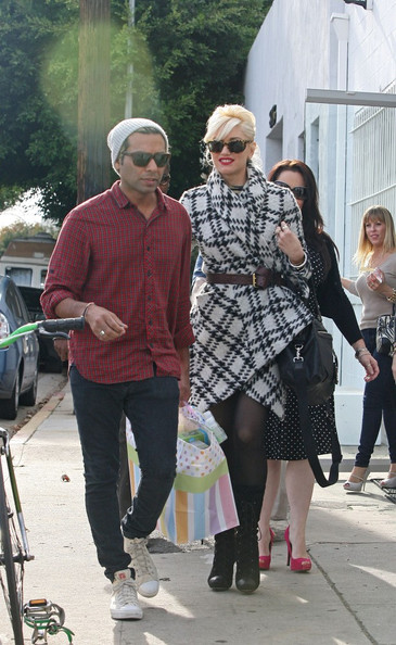 Gwen stefani dating tony kanal