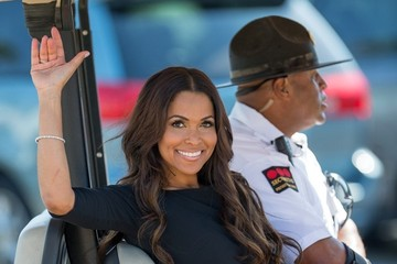 Tracey Edmonds Tracey Edmonds Is All Smiles on 'Extra'