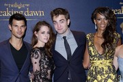 14/11/2012. 'The Twilight Saga Breaking Dawn Part 2' UK Premiere at The Odeon Leicester Square.Pictured: Taylor Lautner, Kristen Stewart, Robert Pattinson and Judi Shekoni  .
