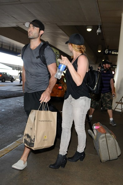 Tyler Hoechlin - Brittany Snow and Tyler Hoechlin at LAX