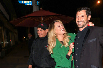 Valentin Chmerkovskiy Peta Murgatroyd Is Seen Outside Craig's Restaurant in West Hollywood