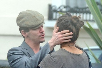 Victoria Keon-Cohen Jonathan Rhys Meyers Kisses His Girlfriend Goodbye