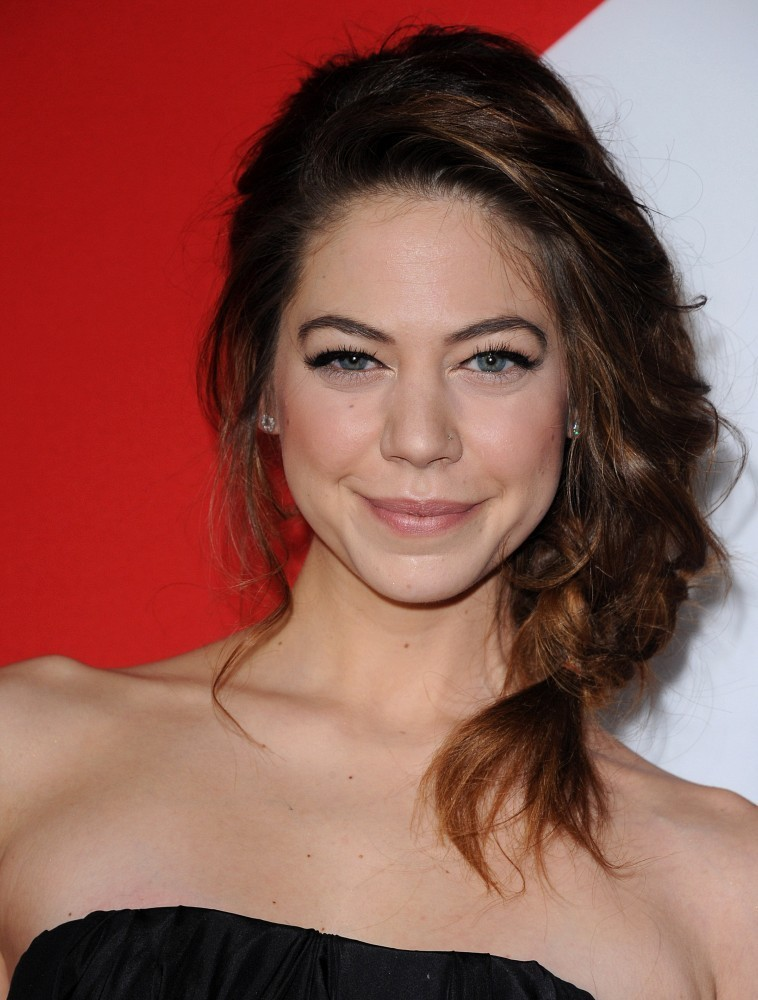 Analeigh Tipton Photos...