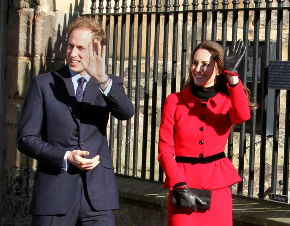 kate middleton modeled at st andrews. Wills and Kate back at school