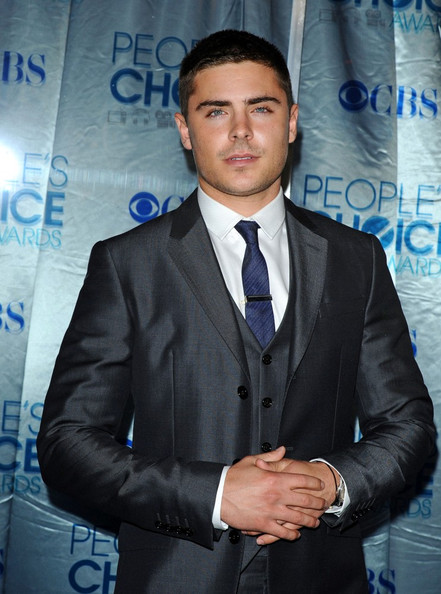 zac efron 2011 pics. zac efron 2011 pics. Zac Efron 2011 People#39;s Choice; Zac Efron 2011 People#39;s Choice. louis Fashion. Apr 29, 11:15 AM. World War Sue.