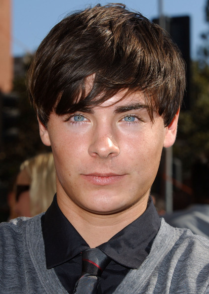 Zac Efron Photos - 2006 Emmy Creative Arts Awards - Zimbio