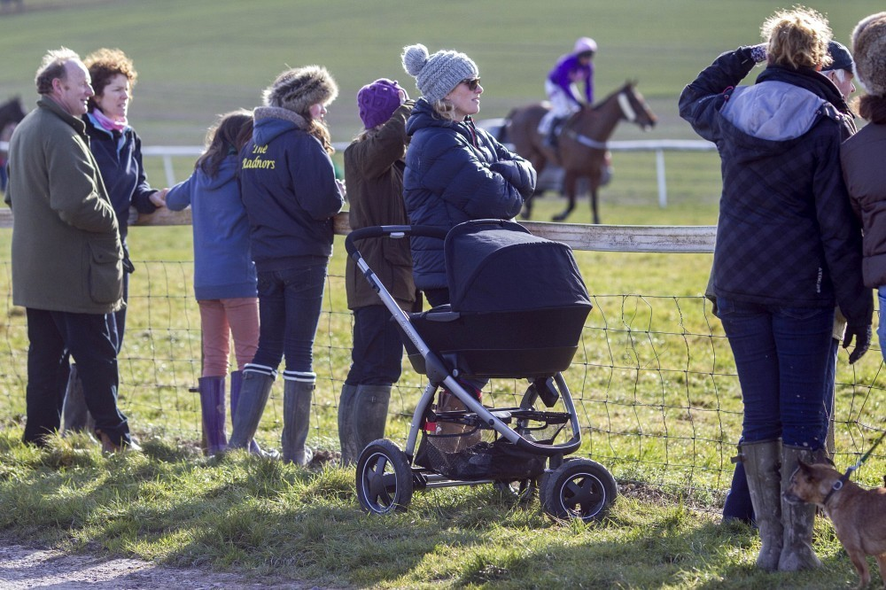 zara phillips takes her daughter to the races pictures. Black Bedroom Furniture Sets. Home Design Ideas