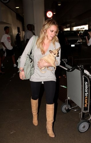 Hilary+Duff in Hilary Duff Lands at LAX