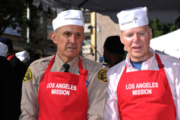 David Dreier The 2011 Los Angeles Mission's Christmas Dinner for the Homeless