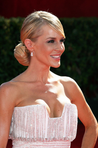 low bun hairstyles for prom. house A classy prom hairstyle with hair up in a big ponytail and a semi un