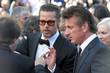 Photo of Sean Penn & his friend  Brad Pitt