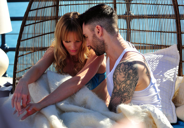 Image of: Adam Levine Adam Levine And Anne Vyalitsyna Filming Maroon Video In Santa Monica Zimbio Adam Levine Photos Photos Adam Levine And Anne Vyalitsyna Filming