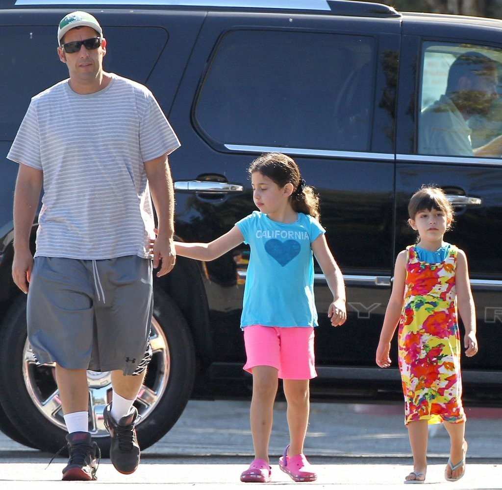 Adam Sandler Photos Photos - Adam Sandler Takes His Girls ...