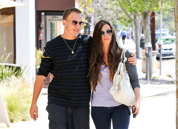 Alanis Morissette couple